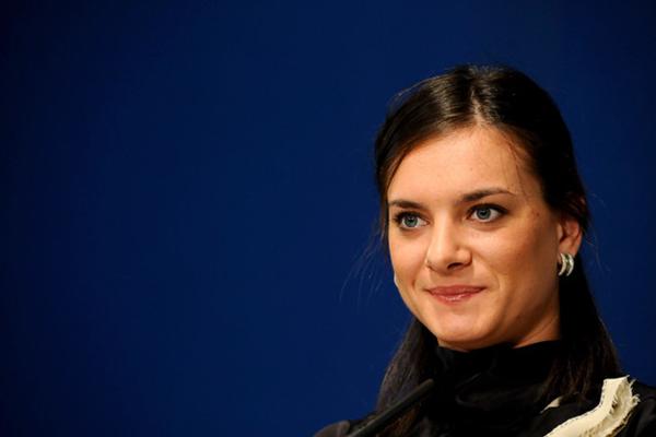 Yelena Isinbayeva si candida alla presidenza della Federazione Russa di Atletica
