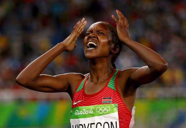 Faith Kipyegon porta l'elettricità nel suo paese dopo la vittoria alle Olimpiadi di Rio