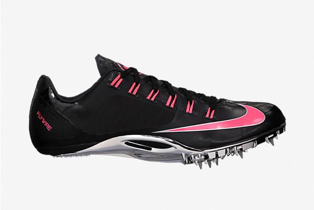 scarpe nike chiodate velocità